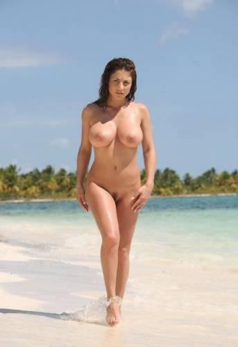 roberta gemma голая живое фото